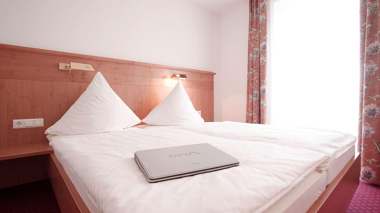 Hotel-Hirsch-Zimmer-Komfort-04