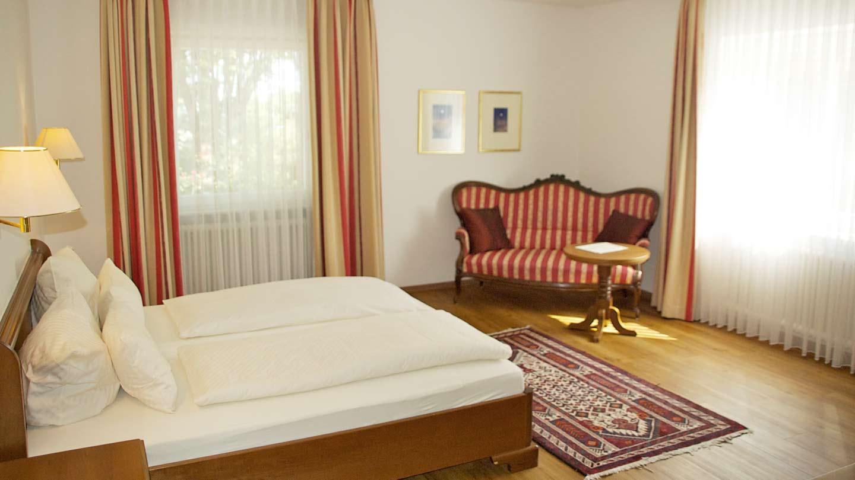Hotel-Hirsch-Zimmer-Komfort-06
