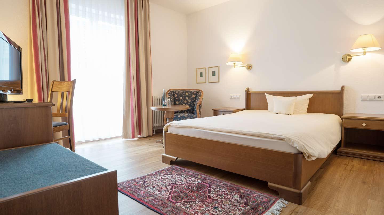 Hotel-Hirsch-Zimmer-Komfort-07